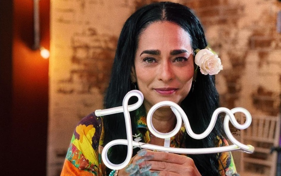 Hoy está cumpliendo 53 años la hermosa y talentosa actriz cubana Jaqueline Arenal