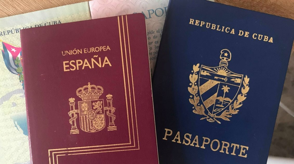 """La conocida como """"Ley de Nietos"""" será discutida este mes en el Congreso de España"""